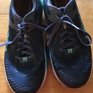 Women's Hoka Arahi 2 Shoe Size 8.5